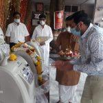नवलखा कांटाफोड़ मन्दिर में 10 और ऑक्सीजन मशीनें आई, लगे हाथ मरीजों को उपलब्ध कराई गई